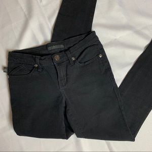 Rock & Republic Berlin denim mid rise skinny jeans